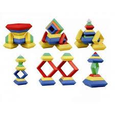 piramit lego  30 parça